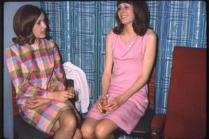 Десятилетие, которое перевернуло индустрию моды. Стиль в фотокарточках из 1960 года