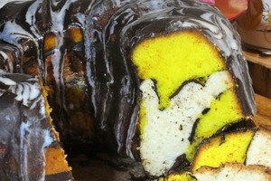 """Идеальный кекс с красивым разрезом: готовим ванильно-лимонный десерт """"Загадка"""" (рецепт)"""