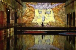Крупнейшая в мире галерея цифровых искусств открывается на бывшей базе подводных лодок