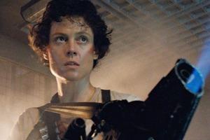 Сигурни Уивер скептически относится к пятому фильму с Эллен Рипли: фанаты надеются на ее возвращение, но, кажется, героине пора на покой