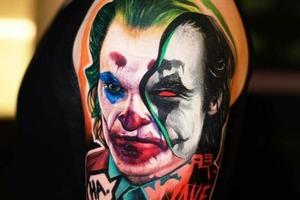 Для поклонников Джокера: 10 лучших идей татуировок с изображением заклятого врага Бэтмена