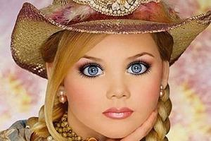 В 6 лет девочка выиграла 300 конкурсов красоты. Как выглядит она сейчас