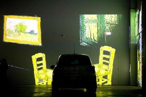 Ван Гог из окна автомобиля: в Канаде предложен новый вариант посещения потрясающей выставки импрессиониста