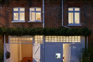 В переулках Лондона, где когда-то были конюшни, теперь строят современные и очень уютные дома: 10 любопытных вариантов