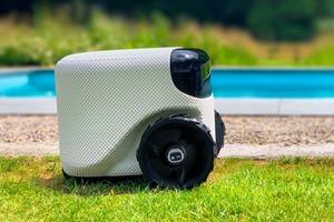 """Знакомтесь: """"Тоади"""" - интеллектуальный робот-газонокосильщик, использующий алгоритмы самостоятельного вождения, чтобы ваши газоны были идеал"""
