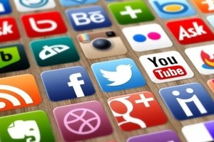 Много половин: аудитория соцсетей достигла 3,96 миллиарда человек, это больше половины всего населения Земли