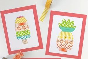 Из цветного скотча сделали с детьми красивые аппликации на летнюю тему: получается очень мило и надолго увлекает малышей