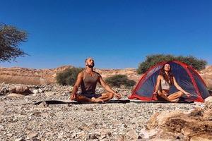Пара из России прошла 650 км по Израилю: спустя 5 месяцев они узнали, что в мире бушует пандемия