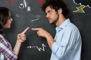 «Я доверяю тебе, ты доверяешь мне»: что нужно сделать, чтобы преодолеть недостаток доверия в паре, рассказала психолог
