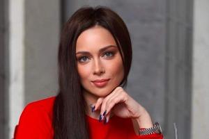 """Настасья Самбурская снимется в продолжении сериала """"Универ"""""""