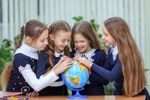 Отрегулируйте режим сна ребенка за неделю до школы: как облегчить школьнику возвращение к учебному процессу