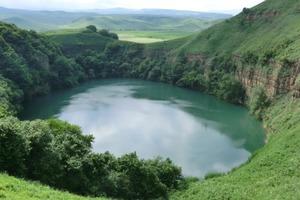 Невероятные места в Кавказских Минеральных Водах, которые стоит посетить: гора Машук в Пятигорске и Кисловодский национальный парк