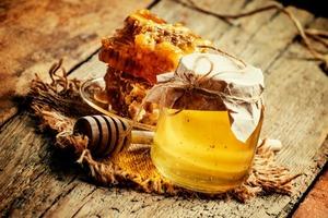 14 августа празднуется Медовый Спас. Какие ритуалы можно проводить: для привлечения счастья, здоровья, любви и денег