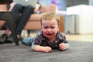 Дышать глубоко и держаться поближе: совет от мамы для прекращения истерик малышей, которые еще не умеют говорить