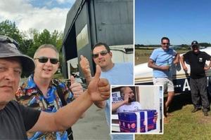Трое друзей отправились в путешествие за 300 км ради покупки любимого карри: добираться пришлось на самолете