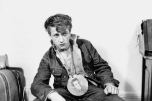 """Они называли себя """"бунтарями"""": вызывающие наряды швейцарских фанатов Элвиса Пресли 1950-х годов (фото)"""