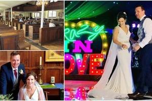 «Мы просто хотели пожениться!»: англичане связывают себя узами брака на единственной церковной свадьбе в этом году