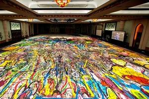 Художник создает картину на холсте размером больше двух футбольных полей, все деньги от продажи на аукционе в декабре пойдут на благотворите