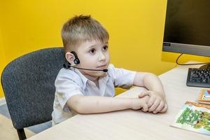 Не сложилось с коллективом: признаки того, что вашему ребенку подходит дистанционное обучение