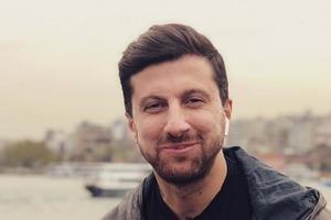 Автор блога «Дневник Хача» Амиран Сардаров отправился за вдохновением в США: снимает аппартаменты с «советским» интерьером за 400 тысяч рубл