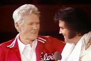 «В то время не было людей, беднее нас!»: интересная история жизни Вернона Пресли, отца короля рок-н-ролла