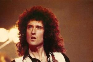 3D-книга от рок-музыканта: Брайан Мэй собирается издать новую книгу. И это не история Queen