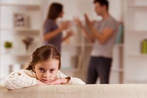 Дети, чьи родители развелись, боятся близких отношений в будущем: исследования ученых