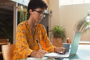 Отключите уведомления социальных сетей. 3 способа установить границы, чтобы эффективнее работать из дома
