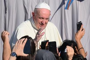 """Вот это да! Папа римский Франциск в интервью признал, что чрезмерное морализаторство """"причинило вред самой католической церкви"""""""