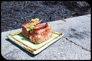 """""""Кровавая Мэри"""" в виде суши: необычный рецепт японского блюда с добавлением бекона"""