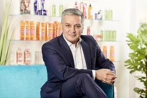 Косметический гигант L'Oreal запустил программу вторичной переработки косметики в 1000 магазинах Британии: в красивые короба можно утилизова