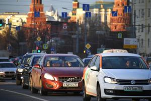 """Запрос на переселение: российские социологи отметили стремление горожан уехать """"на деревню, к дедушке"""""""