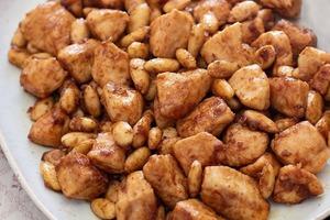 Приготовила домашним курицу с миндалем по китайскому рецепту