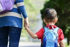 Американская мама отправила сына в школу с положительным тестом на COVID-19: ее оправдания оказались неубедительными