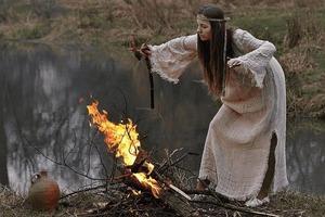 У невесты с ведьмой исторические корни: разные по смыслу современные слова имели общее значение на Руси