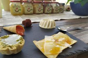Предприниматели осваивают острова венецианской лагуны для производства уникальных экопродуктов со вкусом моря: меда Барена и вина Дорона