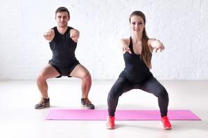 Бесшумный фитнес: как тренироваться дома и не мешать соседям