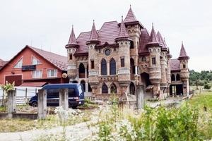 Рублевка отдыхает: так выглядит самое шикарное село в Украине. Фото