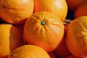 Притча об апельсинах, которая показывает, почему одни сотрудники лучше других