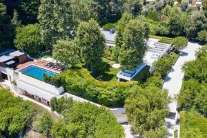Райан Сикрест, ведущий шоу «Американский идол», продает свой дом в Беверли-Хиллз за 85 миллионов долларов (заглянем внутрь)