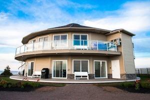 Первый в мире вращающийся гостевой дом: жильцы могут сами менять положение комнат
