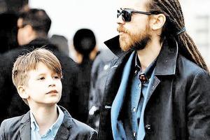Сыну Децла уже 15 лет, и он очень похож на отца (фото). Чем сейчас занимается Антоний