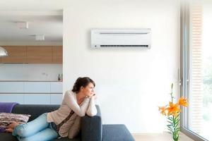 Предмет обихода, который повышает риски заражения коронавирусом в квартире: заменяем вентилятор другими приборами