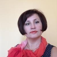 Лора Столярова