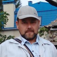 Олег Казанов